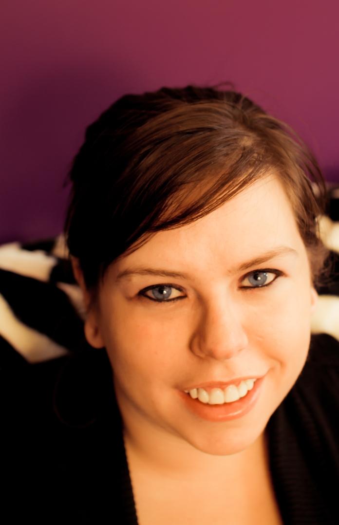 Amanda Hocking NEW--credit Mariah Paaverud with Chimera Photography
